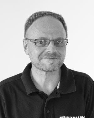 Peter-Schneider_sw